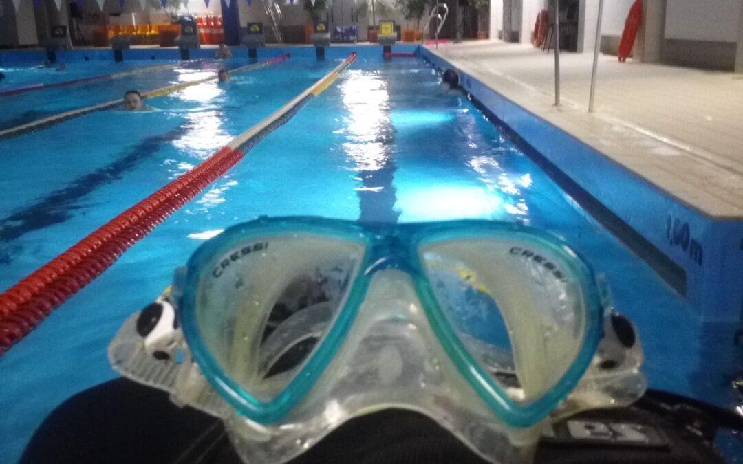 Nurkowanie na basenie – ćwiczenia zdjęcia